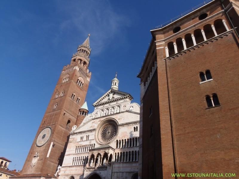 Duomo e o Torrazzo (torre da Igreja), foto de Marcia Bezerra
