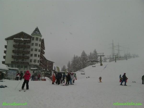 Inverno na estaçao de esqui de Foppolo na regiao da Lombardia