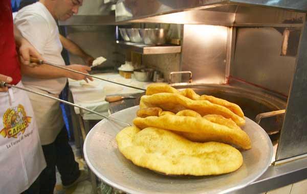 Di-Matteo-pizza-fritta-Napoli